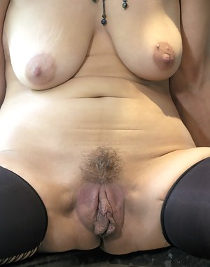 Old open pussy